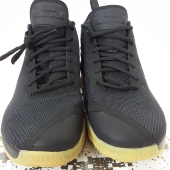 0a35ea6ec7f0 Nike Lebron Witness II Mens 13 Black Gum New!